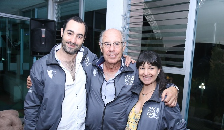 Rodolfo Orozco, Francisco Orozco y Mariana Fernández.