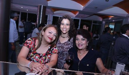 Ruth Martínez, Adriana Cabrero y Alicia Jasso.