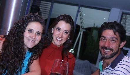 Carla Gil, Vanesa Galarza y Javier Pérez.