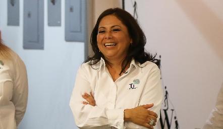 Mary Carmen Guevara.