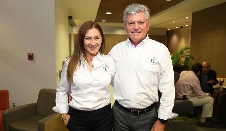 Erika Arceo y Fernando Barrios.