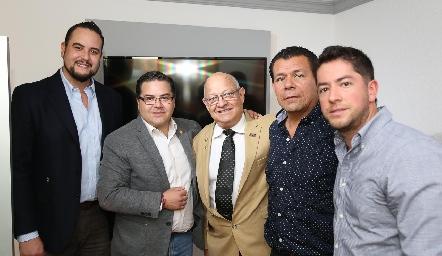 Gilberto Solis, Pablo Saavedra, Jorge Jaimes, Antonio se Reza y Daniel Jiménez.