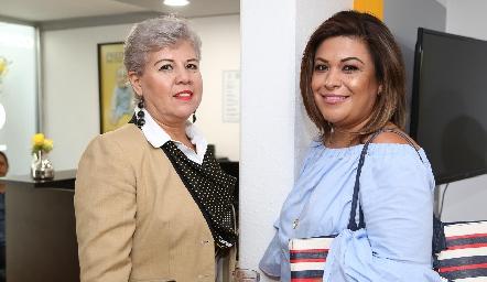 Blanca Villegas y Claudia Castellanos .