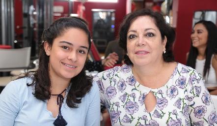Nelly Guerra y Susana Jaureguí.