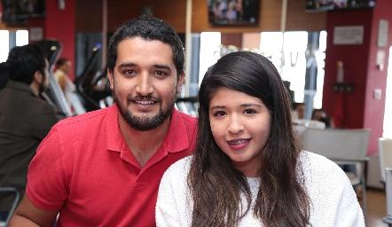 Víctor Torres y Lorena Linares.