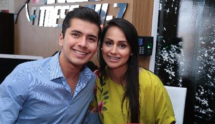 Santiago Martínez y Nancy Candia.
