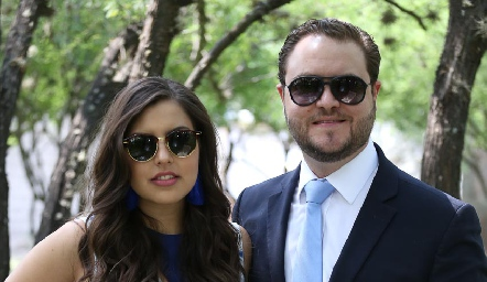 Sofía Quintanilla y Tony Monroy.