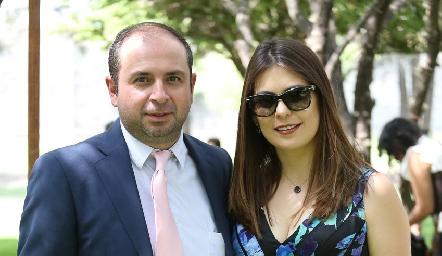 Boro Conde y Karla Hernández.