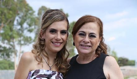 Dora Espinosa y Dora Irma Guzmán.
