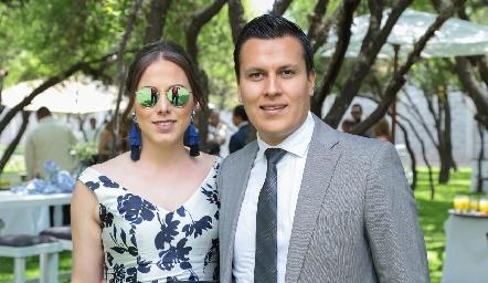 Alejandra Muñoz y César Montelongo.