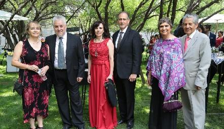 Lorena González, Enrique Anaya, Alicia Gallegos, Víctor Medlich, Berenice y José Solís.