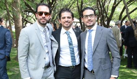 Tai Boelsterly, Manuel Mora y Victorio Ortiz.