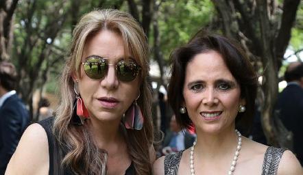 Claudia Hermosillo y Diana Villarreal.