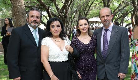 José Somohano, Katy de Somohano, Lupita López y Guillermo Romo.