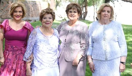 Lucila de Morales, Chola de Aguillón, Yolanda Espinosa y Martha de Payán.