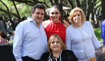 Antonio y Martita Delgado, Martha de Payán y Regina Payán.