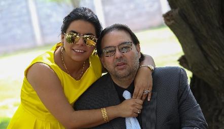 Maribel Torres y Moisés Payán.