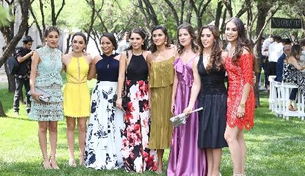 Claudia Rodríguez, María Bravo, Mariana Castillo, Ilse Lázaro, Bárbara Paredes, María José Fernández, Valeria Villarreal y Paulina Rodríguez.