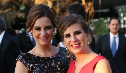 Rosamary Rosillo y Sofía Muzquiz.
