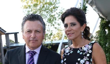 Mauricio Autrique y Claudia de los Santos.
