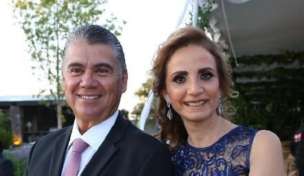 Mario Martell y Beatriz Rangel.
