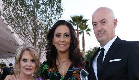Lynette Pizzuto, Ana Luisa Lujambio y Francisco Artolózaga.