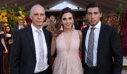Antonio, Chiara y Tony Pizzuto.