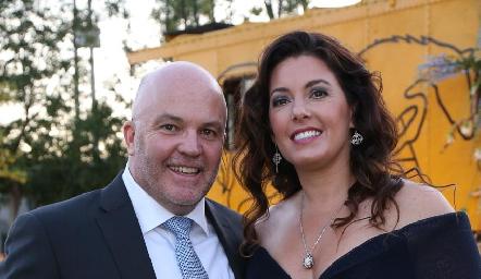 Memo Pizzuto y Cristina Puga.