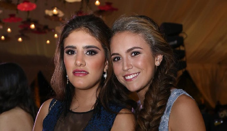 Regina Hinojosa y María Emilia Torre.