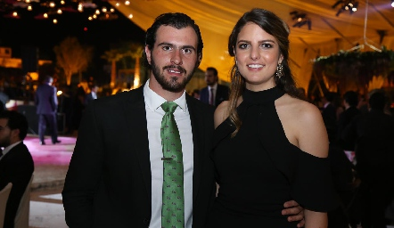 José Luis Hernández y Gabriela González.