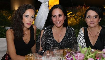 Chely Sotomayor, Marcela de la Maza y Ceci Hernández.