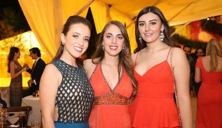 Yolanda Navarro,  Verónica Martínez y Ana Gaby Motilla.