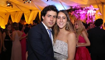 Gabriel Torres y Diana Olvera.