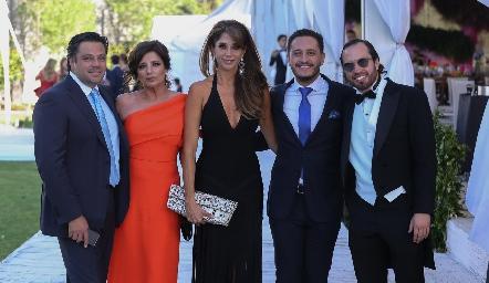 Fernando, Alejandra, Cecilia, Alberto y Marcelo de los Santos.