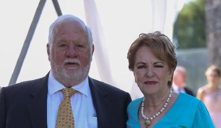Guillermo y Lynette Pizzuto, abuelos de Daniela.