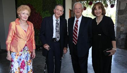 Carmen Pous, Carlos Bárcena, Pablo y Ana Aldrete.
