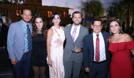 Miguel y Lorena Hernández, Marisol y Carlos de los Santos, Checo y María José Quibrera.