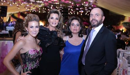 Laura Cadena, Bertha Barragán, Maru y Jeppo Mahbub.