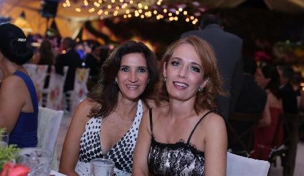 María Dolores Hernández y Verónica Dávalos.