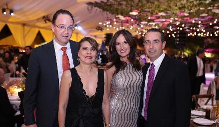 Carlos Bárcena, Mercedes García, Paulina Quiroz y Alejandro Elizondo.