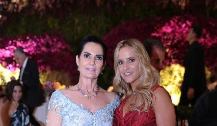 Teresa del Pozo y Vanessa Anaya.