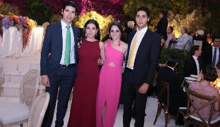 Rafael Tobías, Cristy Lorca, Pía Gómez y Andrés Tobías.