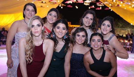 Regina, Marcela, Valeria, Katia, Claudia, Pily, Margot y Sofía.