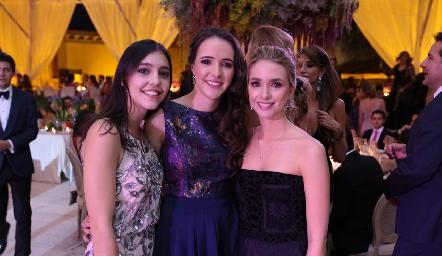 Julieta Contreras, María Curiel y Faustina Villarreal.