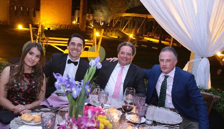 Teresa de Posada, Andrés Posada, Adolfo Villaseñor y Fernando Loza.