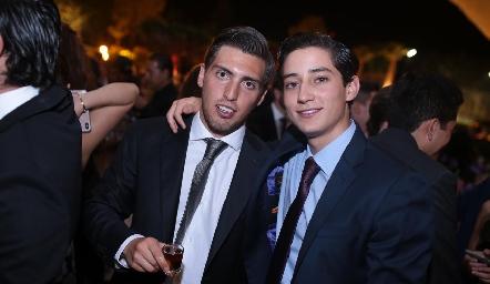 Tony Pizzuto y Santiago Rodríguez.