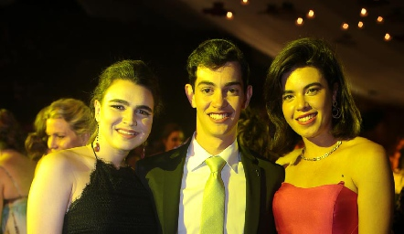María Gómez, Pablo Valladares y Cristy Pizzuto.