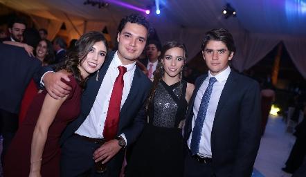 Paola Dávila, Enrique Quintero, Mary Del Valle y Juan Pablo Leiva.