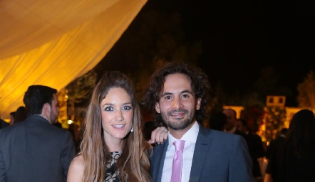 Marisol Azcona y Efraín Barrera.