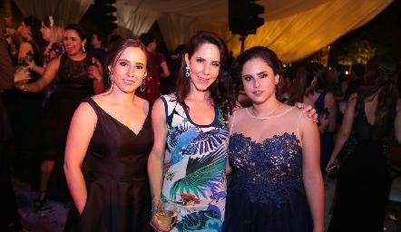Fer Franco, Bárbara Ruiz y Gaby Franco.